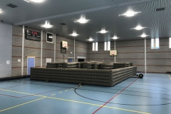 Lasergame arena in een gymzaal